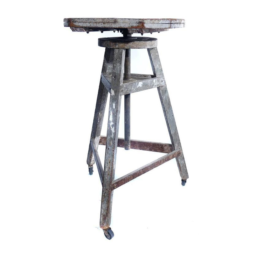 Rotating Sculpture Work Table - Rotating work table