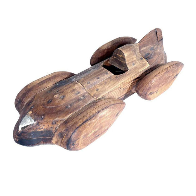 Streamlined Wood Race Car
